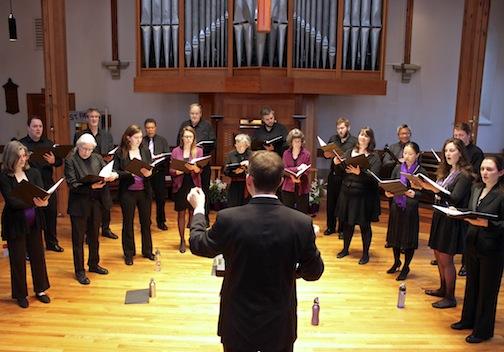 Michael Barrett conducting Convivium Musicum